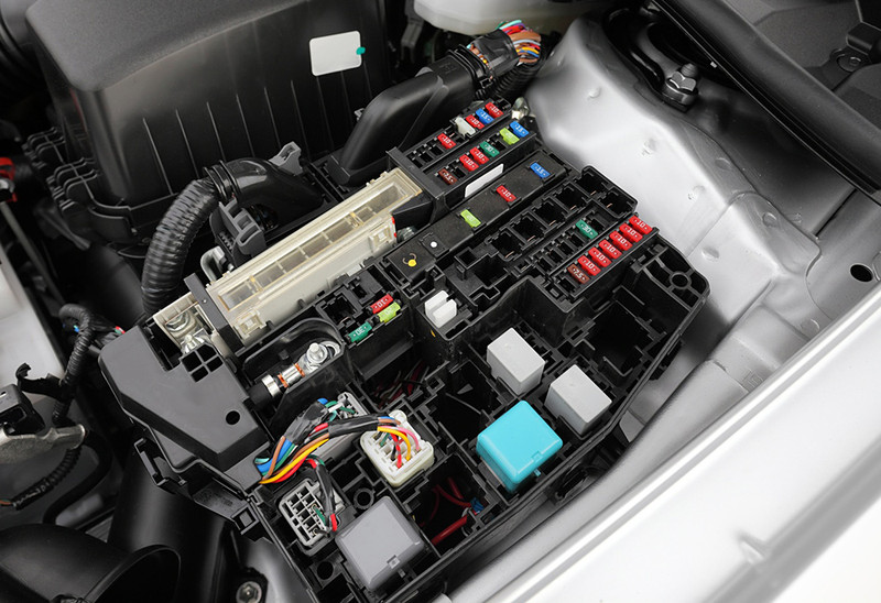 car fuse box short circuit relay and fuse box